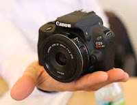 Canon EOS100D Camera