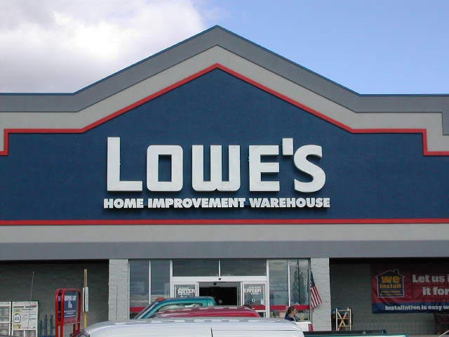 Great Lowe's Sign 640 x 480 · 40 kB · jpeg