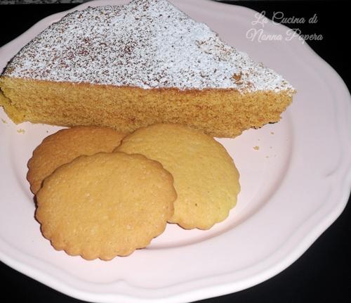 torta al microonde e biscotti tradizionali di frolla