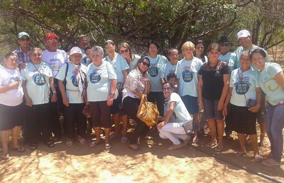 Prefeitura de Ouro Velho realiza passeio com o Grupo Idosos de Ouro