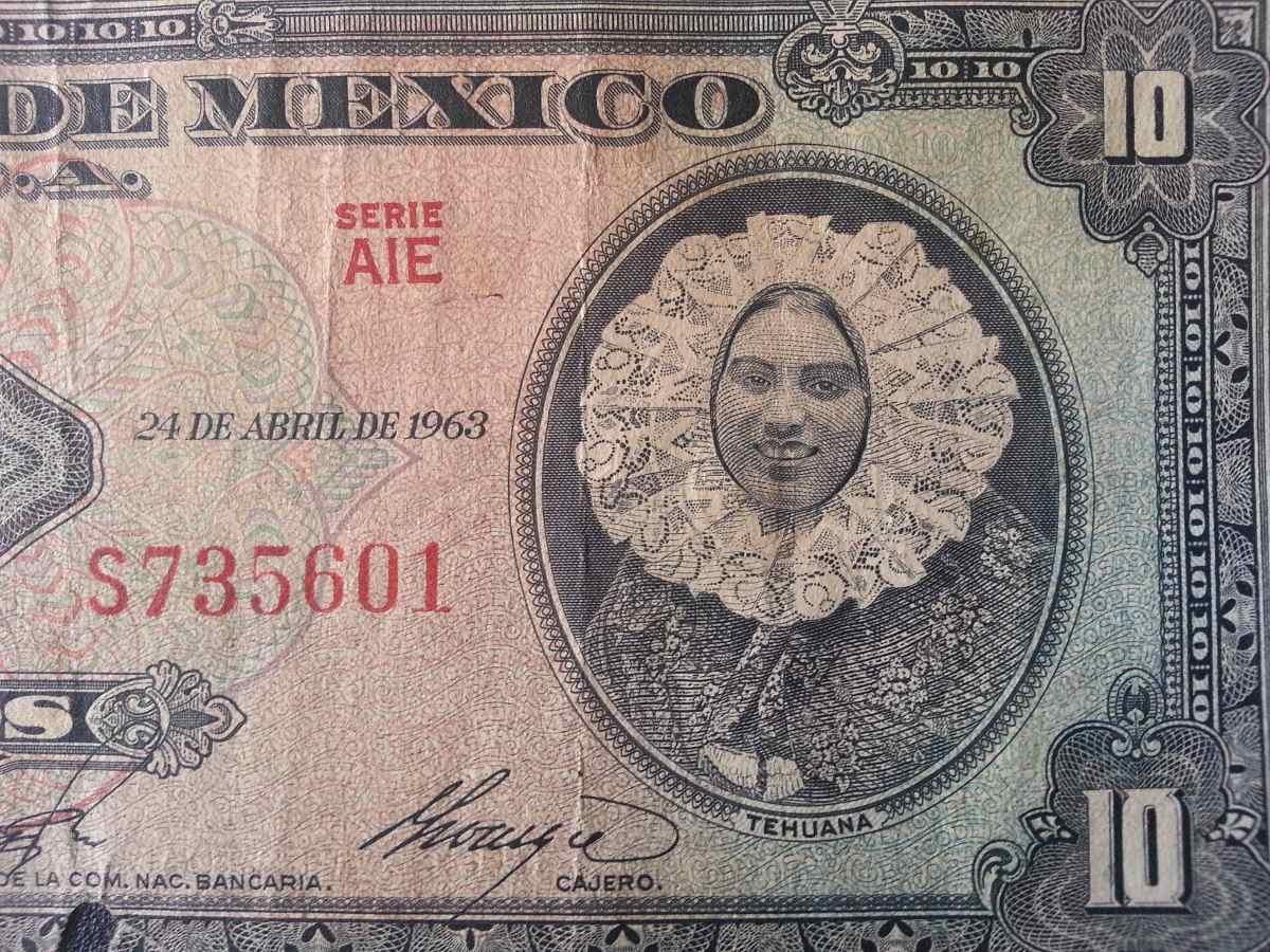 1 ella es mexicana y se llama ingrid coronado - 2 2