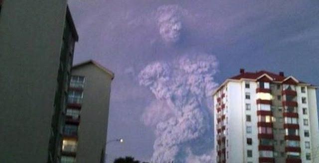 HEBOH...Awan Berbentuk Manusia Raksasa di Langit Chile