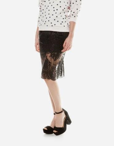 Falda con encaje negra