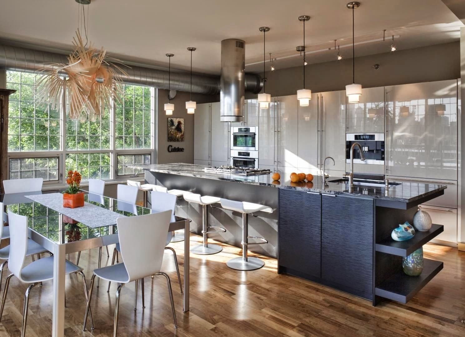 Dapur rumah dengan ruangan terbuka