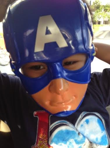 Captain America In The House Yawwww
