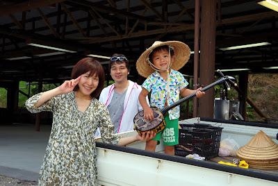 沖縄家族旅行 おすすめ体験/観光 サトウキビ刈り