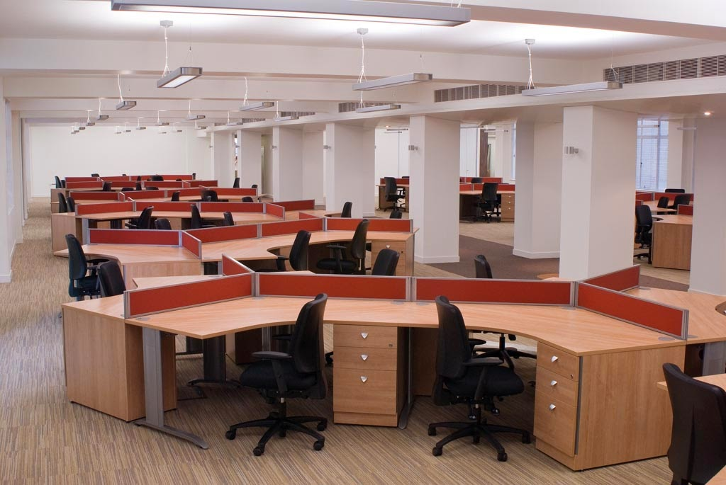 Brevis 120 degree desks