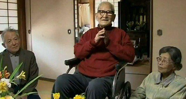 Pria Tertua Di Dunia Rayakan Ultah Ke-115 [ www.BlogApaAja.com ]