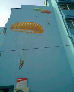 Graffiti Iasi parasutism