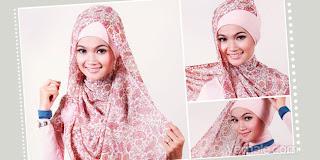 tampil-syar-i-dengan-jilbab-segi-empat-motif