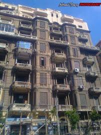 طرازات  معمارية: العمارات التاريخية فى الازريطة على الترام مباشرة