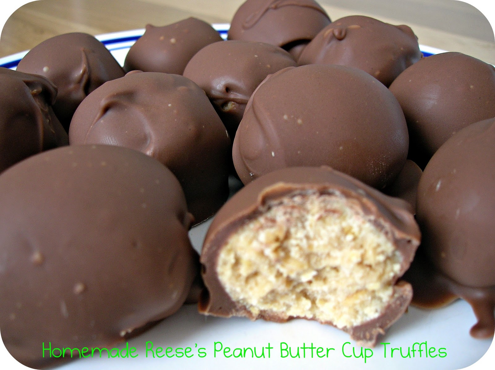 Homemade Reese's Peanut Butter Cup Truffles / Six Sisters' Stuff | Si...