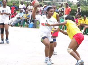 Kinshasa people show handball can 2012 dames la rdc rafle la m daille de bronze et se - Coupe du monde handball 2013 ...