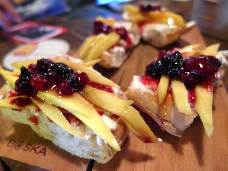 Club Meatballs Restaurant Review Ricotta, Mango, Walnuts and Honey Bruschetta Lunarrive Blog
