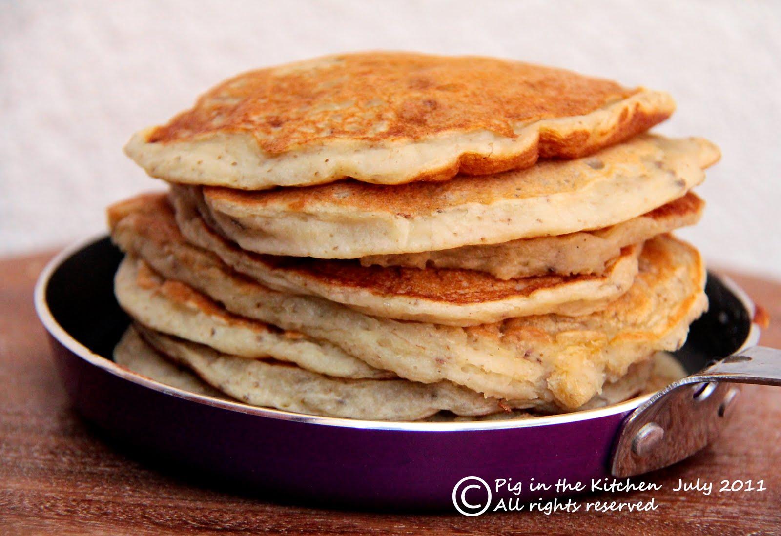 Banana Pancakes (sugar free, vegan, gluten free. Oh yeh baby.)