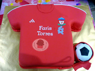 Liverpool Jersey Cake