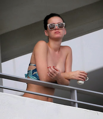 Katy Perry wears Bikini Top on Miami Hotel Balcony
