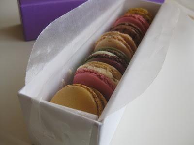 Macarons fotografiert mit Makro (Canon IXUS 80 IS)
