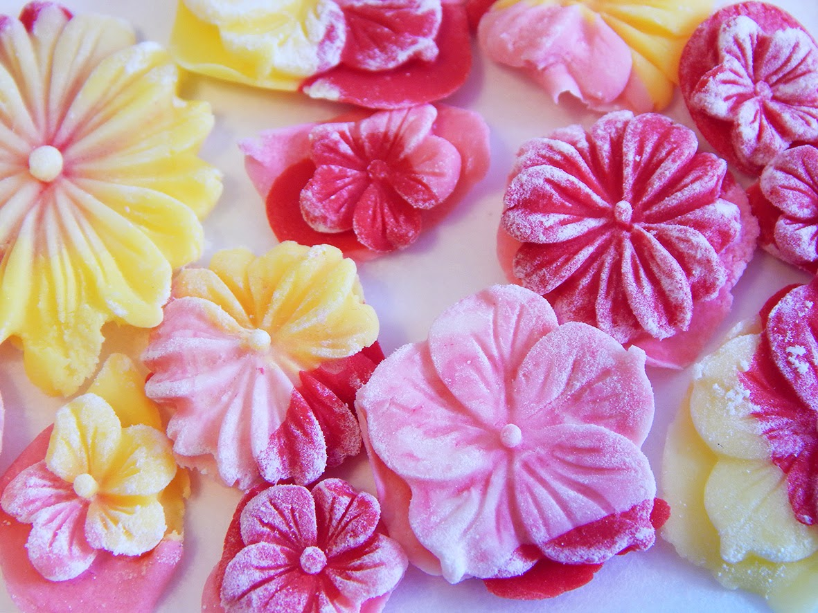 Ellen Giggenbach Sugar Flowers
