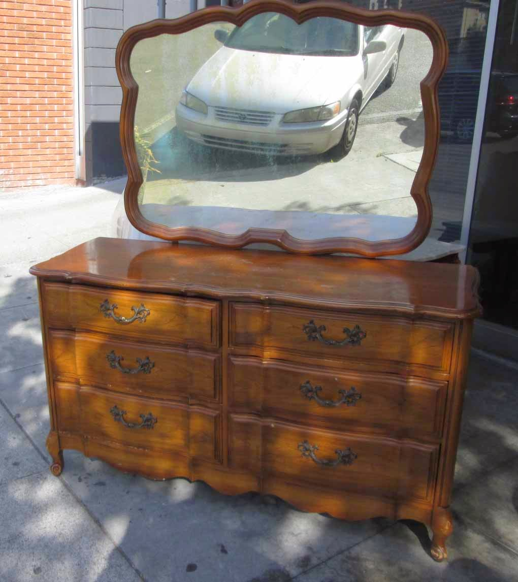 Sold 6 Drawer French Provincial Dresser With Mirror 95
