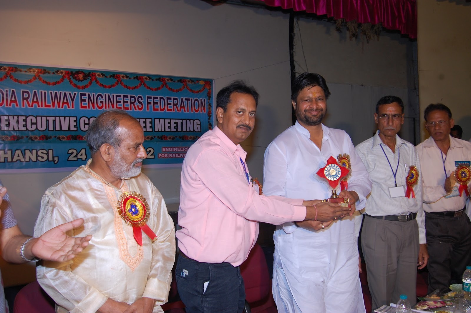 north central railway engineers association cec meeting of airef shri pradeep jain aditya hon ble minister of state for rural development govt of grace this occasion as chief guest