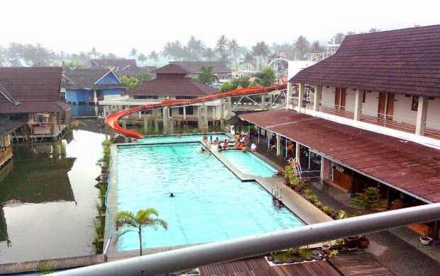 Pemandian Cipanas - tempat wisata di Sukabumi Jabar