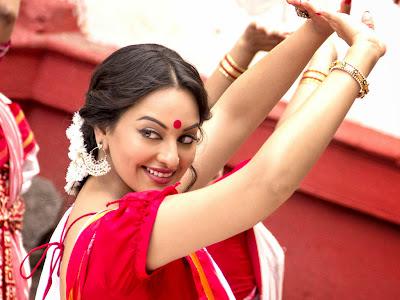 bullet-raja-sonakshi-in-sari