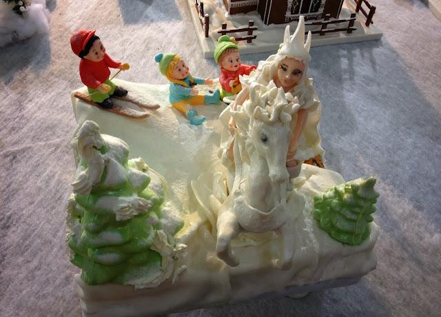 Новогодний торт, Снежная Королева