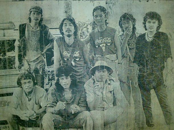 Download [Mp3]-[Full Album] รวมเพลงจากทุกอัลบั้ม ของวงคาราบาว 93 อัลบั้ม คาราบาว 93 ชุด มีเพลงไม่ต่ำกว่า 1,000 เพลง [Filefenix] 4shared By Pleng-mun.com