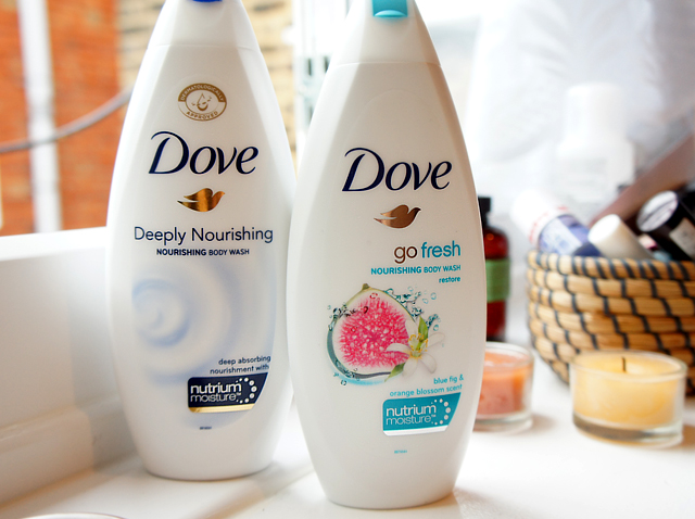 Dove Deeply Nourishing Body Wash & Dove Go Fresh Nourishing Body Wash Blue Fig & Orange Blossom Scent