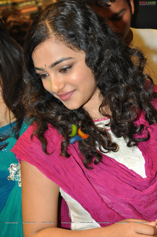 Nithya Menonsexy photoshoothot south Indian actress in cute exposuresHQ gallery Photoshoot images