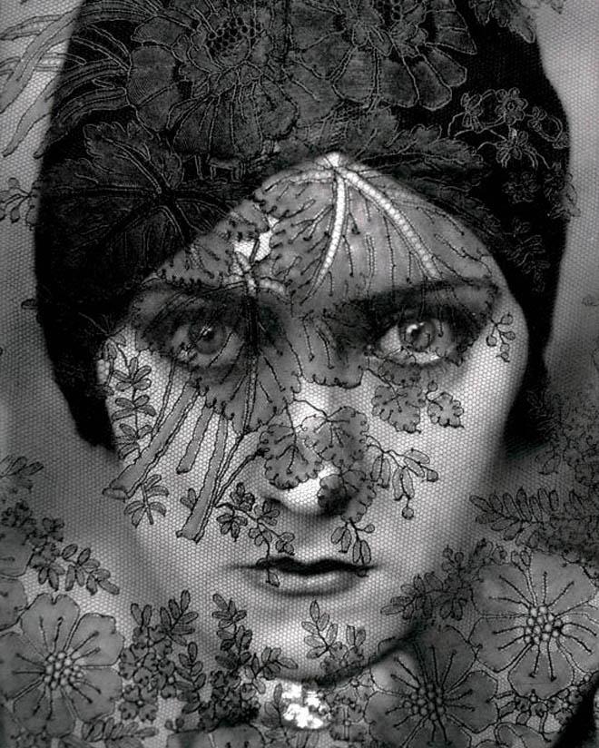 gloria swanson Alexandra King