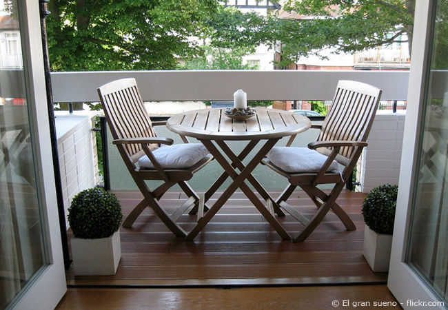 balkon gestalten balkongestaltung. Black Bedroom Furniture Sets. Home Design Ideas