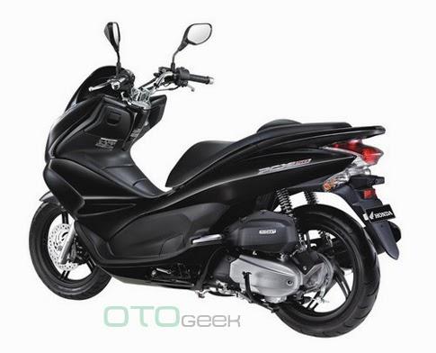 Honda PCX 150 Hitam