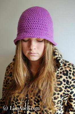 free crochet pattern womans hat brim,  ladies crochet hat