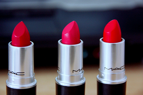 LipstickShade_ThingsEveryGirlNeeds