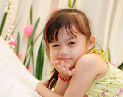 Cute baby girl hairstyle girlswomans fashion design style 2013 photos hdwallpapers1080720highfb profilecovers funny download free hd photosimages