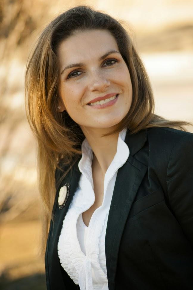 Lourdes Muro