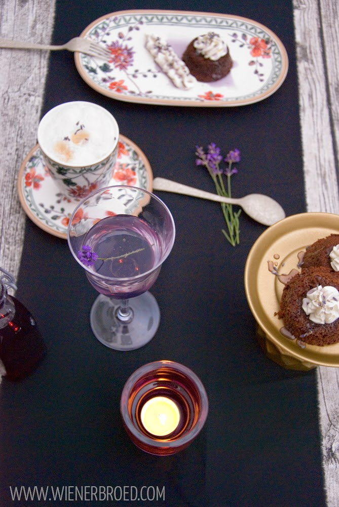 Chocolate fondant tartelette with lavender