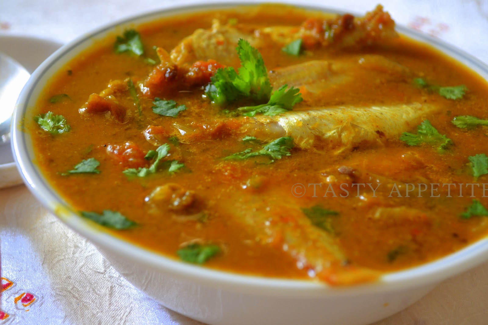 meen kuzhambu hot spicy fish curry