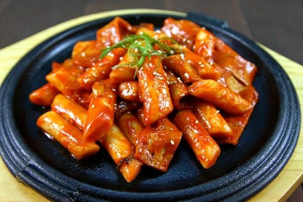 Cách làm bánh gạo Tteokbokki Hàn Quốc ngon tại nhà