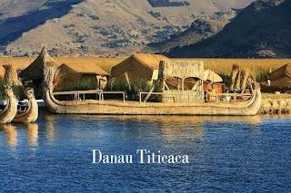 Desa Terapung Diatas Danau Titicaca
