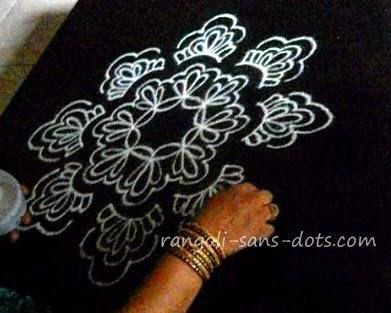 rangoli-art1210b.jpg