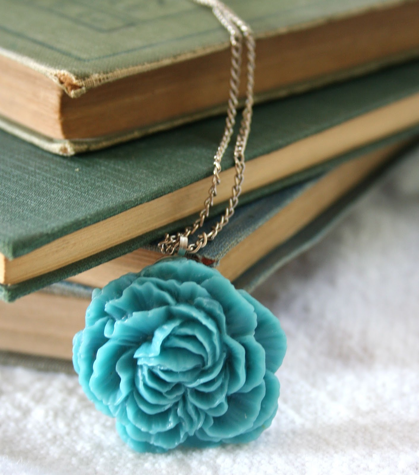 Make Your Own Necklaces And Jewelry At Home: Making Your Own Cabochon Jewelry & A Giveaway!