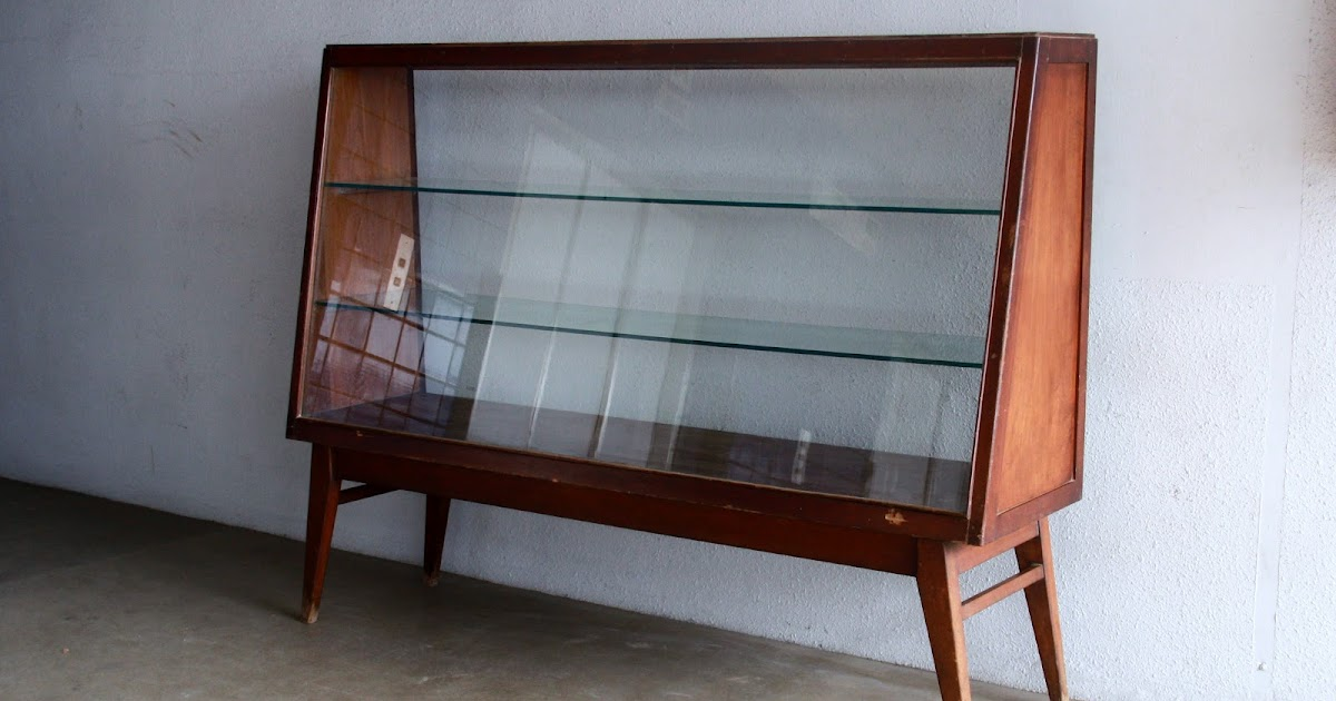 Second Charm: VINTAGE SHOWCASES AND DISPLAY CABINETS