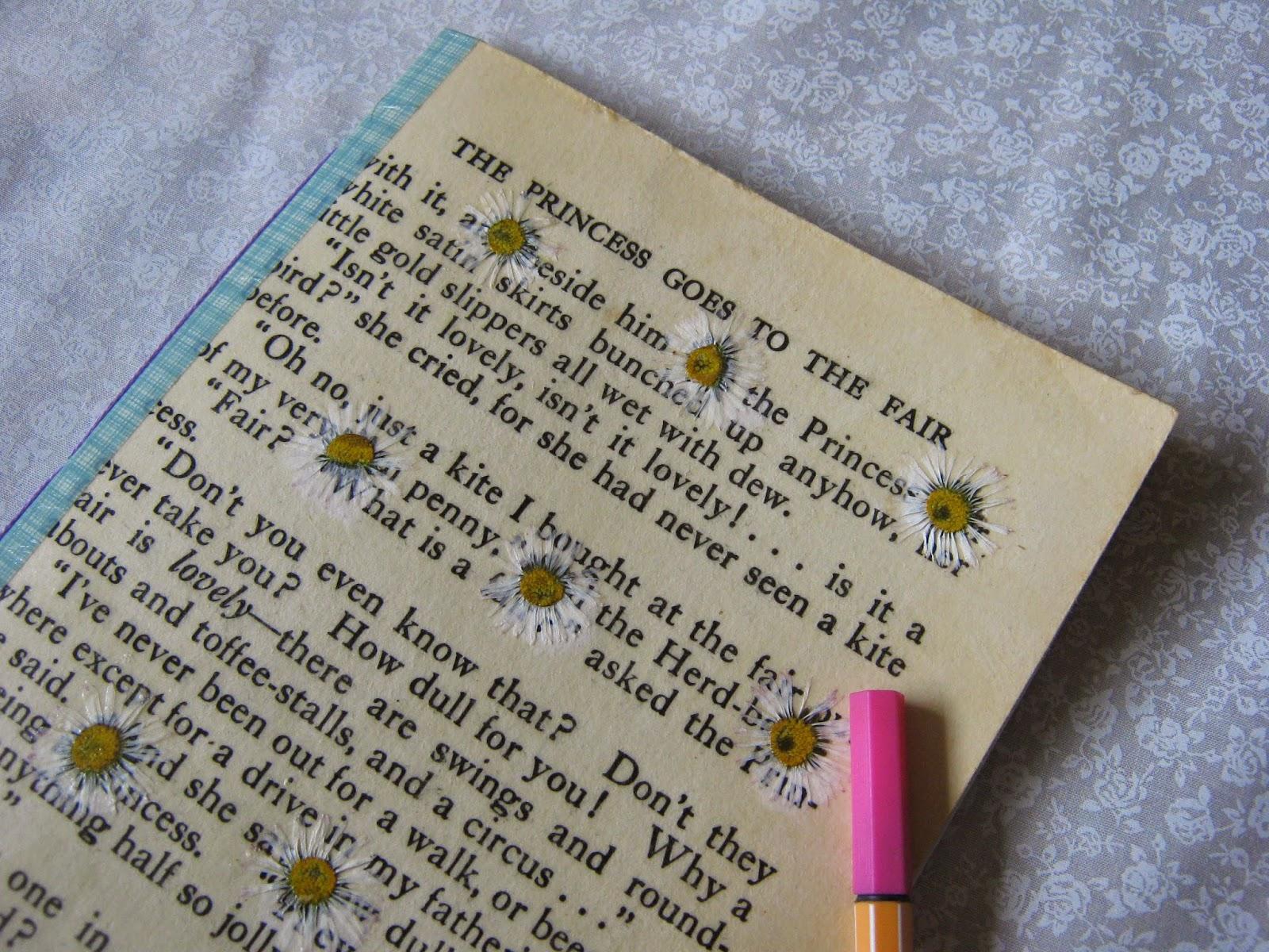 DIY Tutorial Pressed Flower Notebook