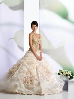 strapless wedding dress trends