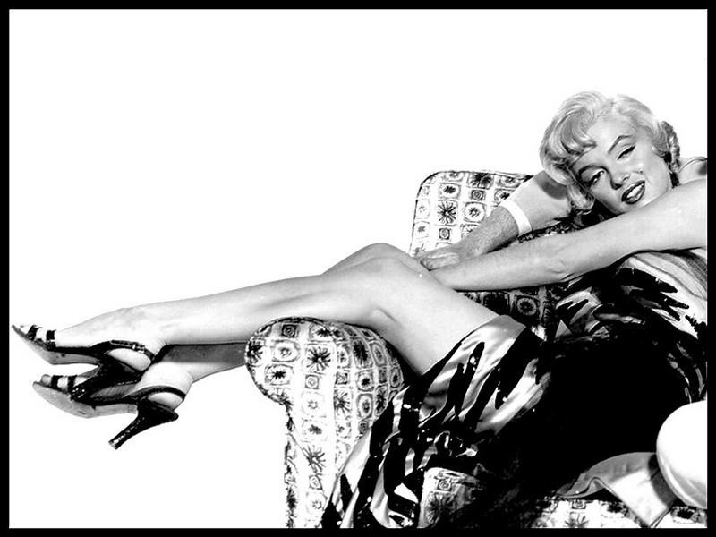 http://4.bp.blogspot.com/-1WN_Rca1HCM/UHhYyjCKUuI/AAAAAAAAGHw/8qjVbaa7_tQ/s1600/Marilyn-Monroe-marilyn-monroe-15181205-800-600.jpg