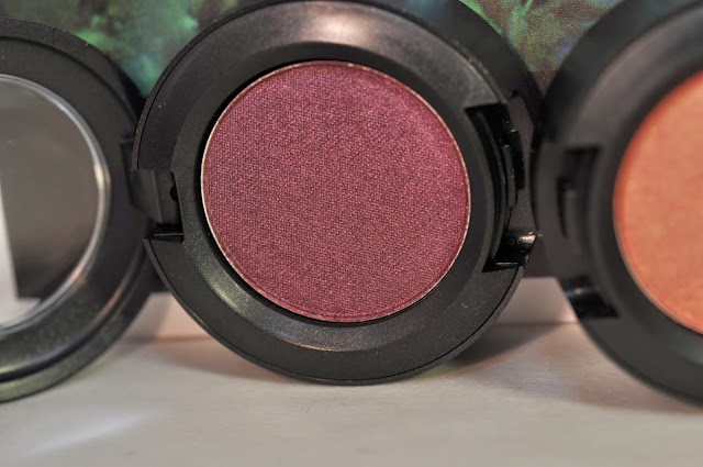 MAC Eye Shadow in Hidden Motive