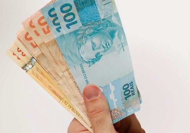 Salário mínimo 2015